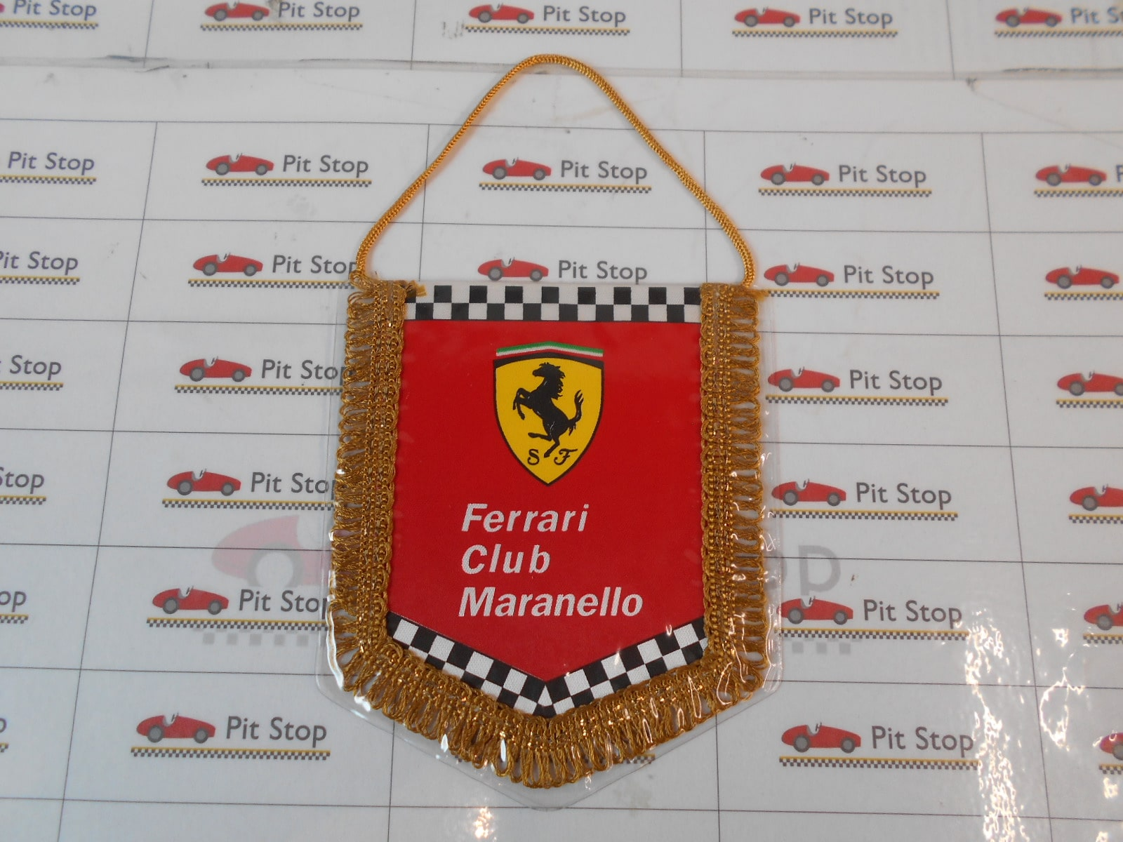 Ferrari gagliardetto Club Maranello